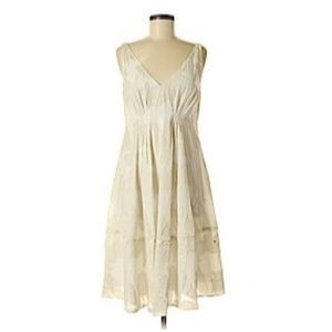 Ann Taylor White and Ivory Dress Size 6